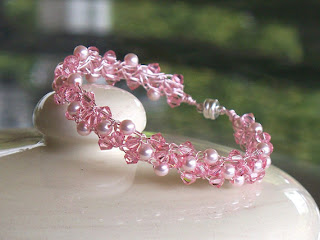 Bracelet made with Swarovski pearls and crystals