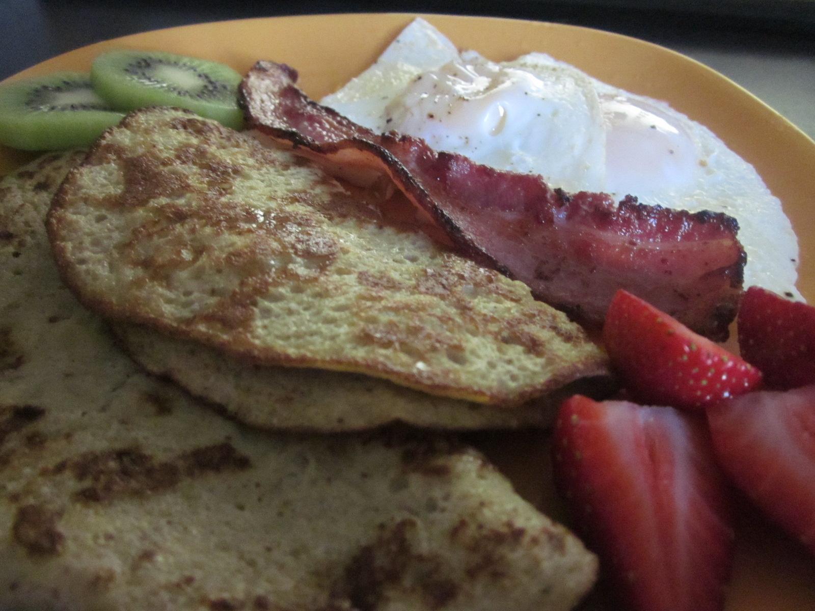 The Whimsical Momma: Recipe: Easy Whole30 Banana Pancakes!
