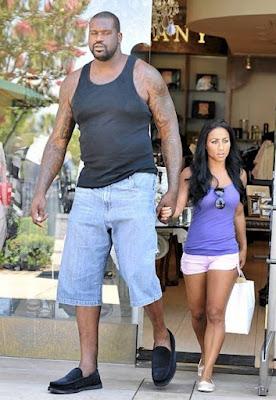 Shaquille O'Neal e sua namorada humana