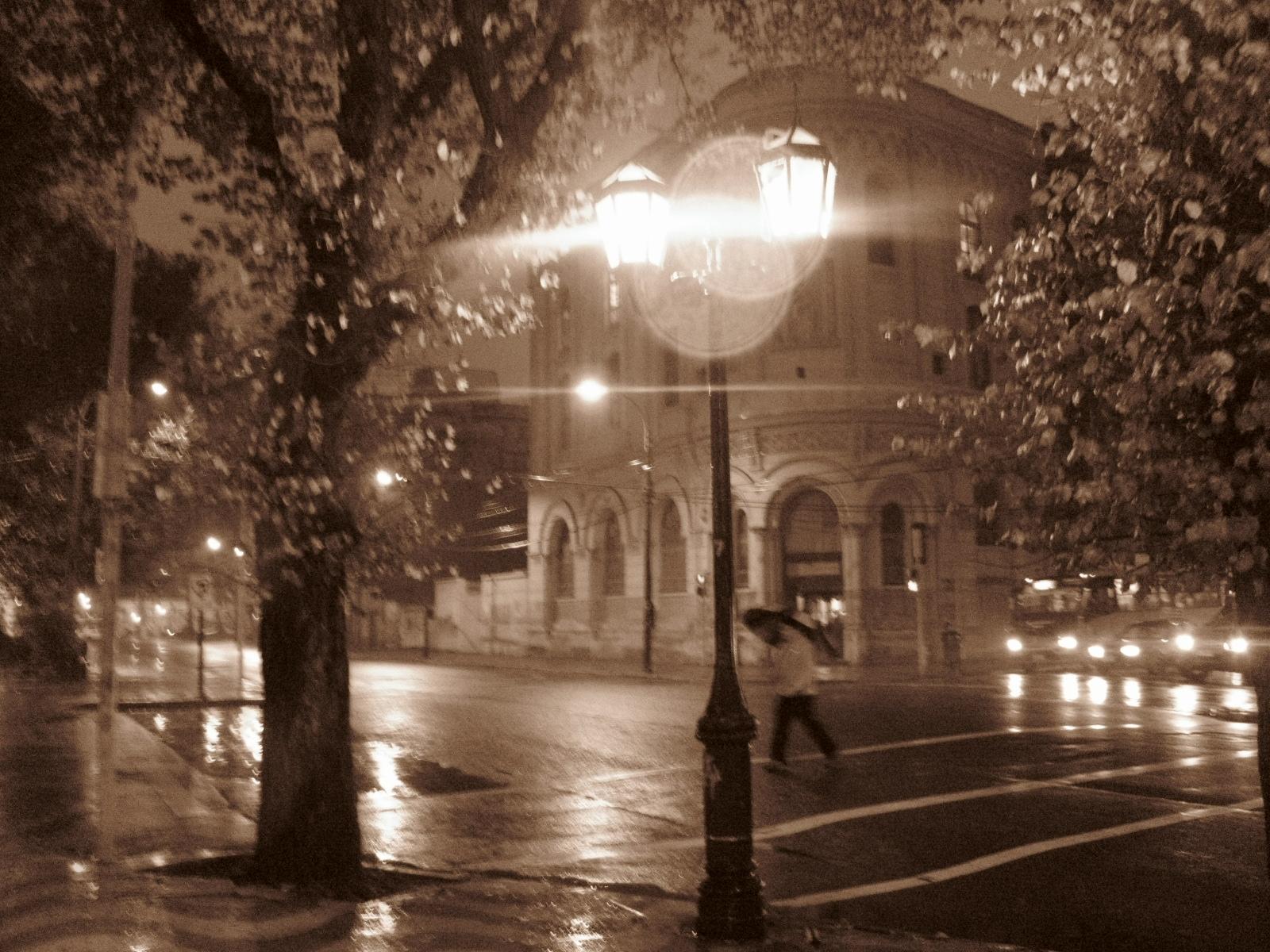 El comienzo...: Termino en un día de lluvia.