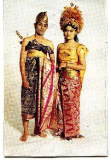 Pakaian Adat Bali