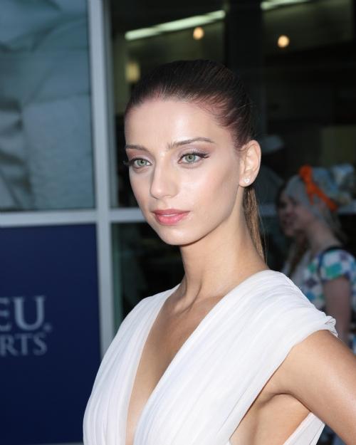 Angela Sarafyan Hairstyle