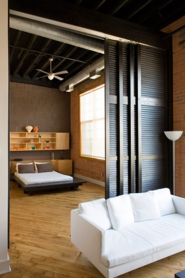 Room dividers for bedroom 26 ideas for the delimitation for Bedroom door ideas loft apartment