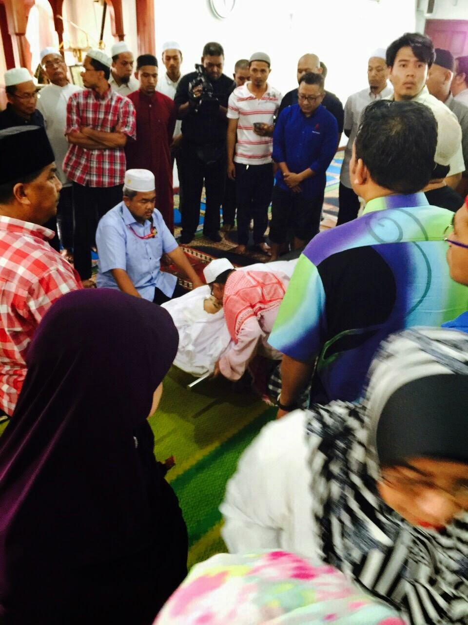 AL FATIHAH Kembalinya Dato Nik Aziz Nik Mat Ke Rahmatullah BIODATA