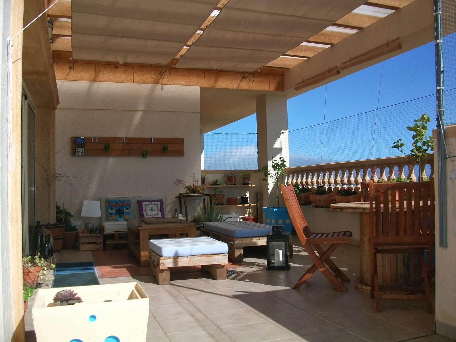 decodeliziosa: La terraza de Ana y Jose: creación y decoración low ...