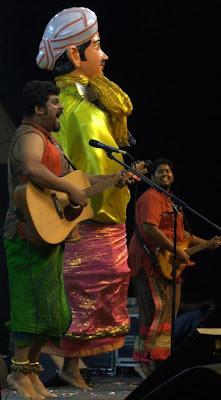 Raghu Dixit in regional show