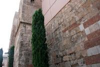 restos muralla romana barcino