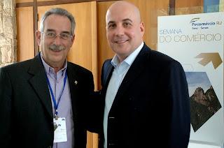 Secretário M. de Administração, Carlos Tucunduva, com o presidente da Fecomércio, Orlando Diniz, na abertura da Semana do Comércio
