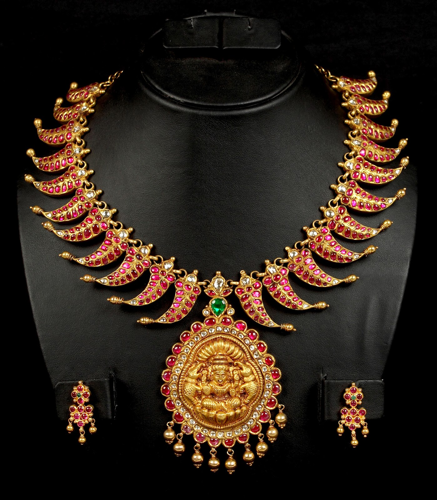 Latest Indian Jewellery Designs 2015: South Indian Bridal Wedding Jewellery