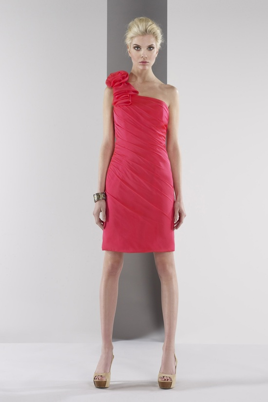 One shoulder chiffon dress with natural
