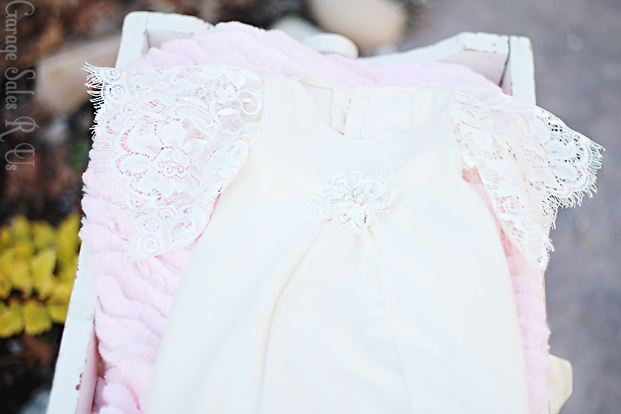 http://garagesalesrus.blogspot.com/2014/05/lillyamaes-blessing-dress.html