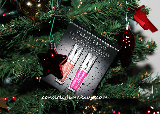 Review: Kit Revolution Lipgloss in Anarchy & Liar - Urban Decay