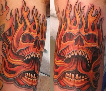 flaming skull tattoo for guys design art. Black Bedroom Furniture Sets. Home Design Ideas