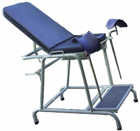 GYNAECOLOGICAL CHAIR (Kursi Periksa)
