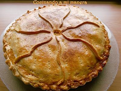 http://amimaneracocinando.blogspot.com.es/2013/03/empanada-de-bonito-con-masa-casera.html