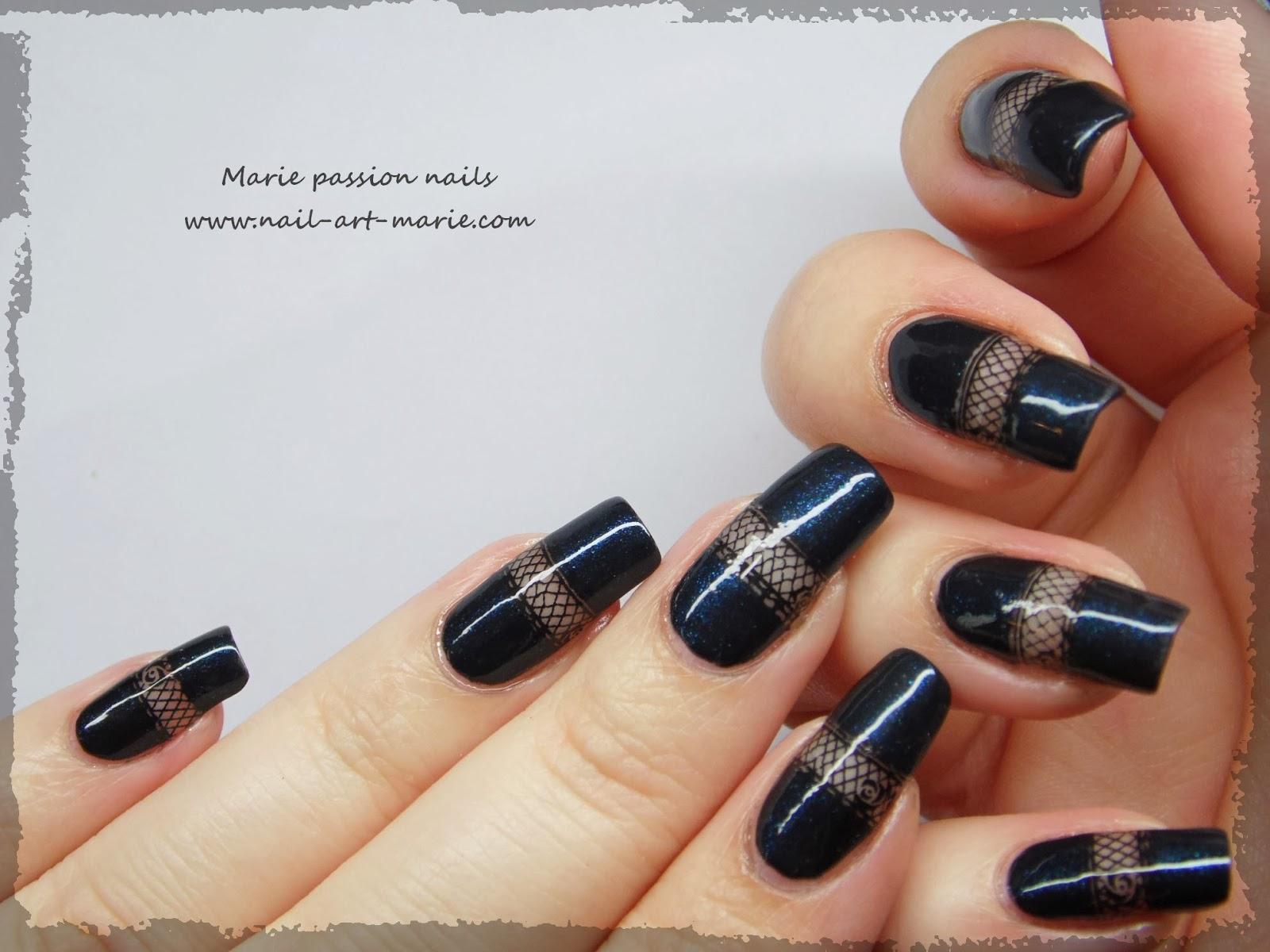 Nail art bande de résille1