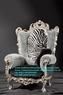jual mebel ukir jepara,sofa ukir jati,Sofa ukir jepara Jual furniture mebel jepara sofa tamu klasik sofa tamu jati sofa tamu antik sofa tamu jepara sofa tamu cat duco jepara mebel jati ukir jepara code SFTM-22047
