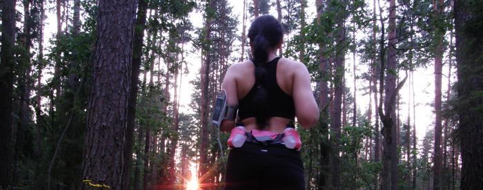 http://www.monikabregula.pl/2015/08/co-pic-podczas-biegania.html
