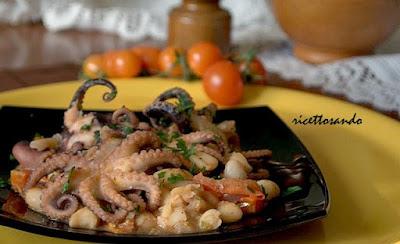 Moscardini stufati con faglioli ricetta di pesce e legumi