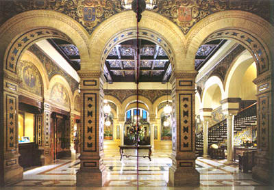 I would stay at: Hotel Alfonso XIII