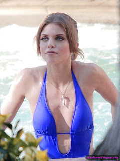 About AnnaLynne McCord nude photos.