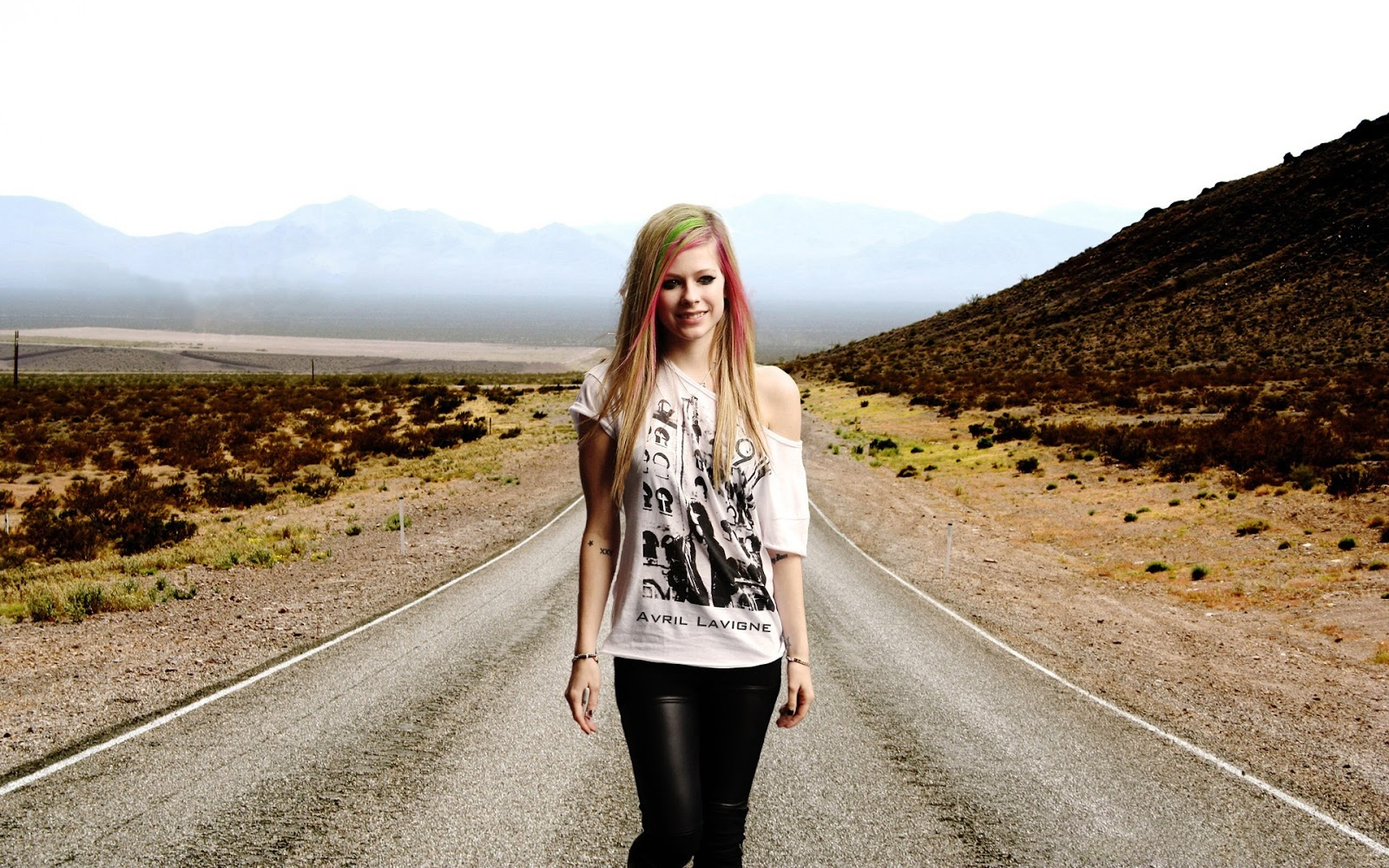 Avril Lavigne on the Road