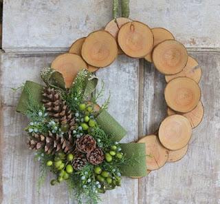 Coronas de Navidad con Madera Reciclada
