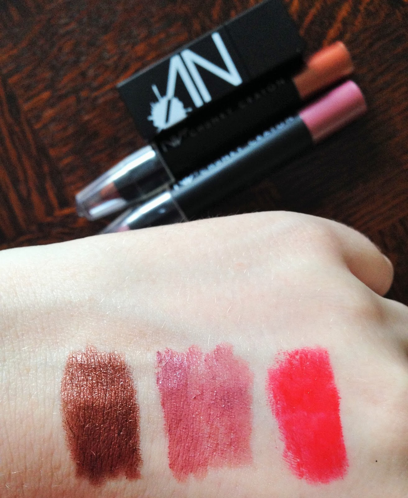 NV Colour Cosmetics Mocha Cinnamon Siren Swatches and Review