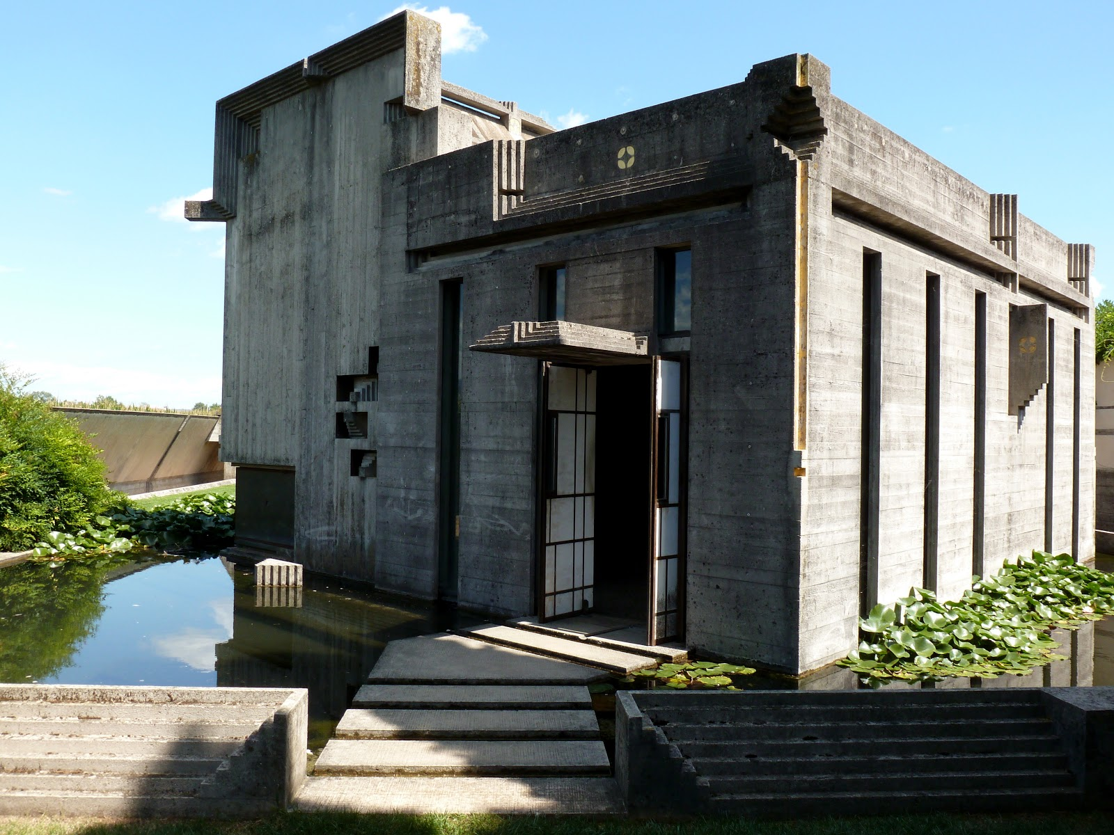 Urban architecture now getting to carlo scarpa 39 s brion vega for Architecture for architects