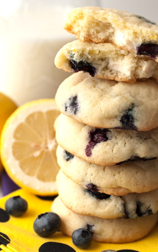 The Laidlaws: { RECIPE :: Lemon Blueberry Cheesecake Cookies }