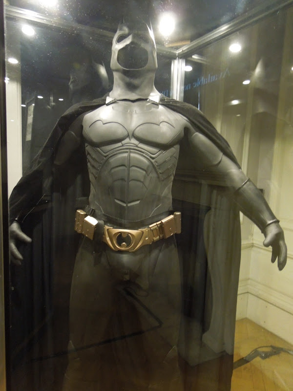 Batman Begins Bat-suit