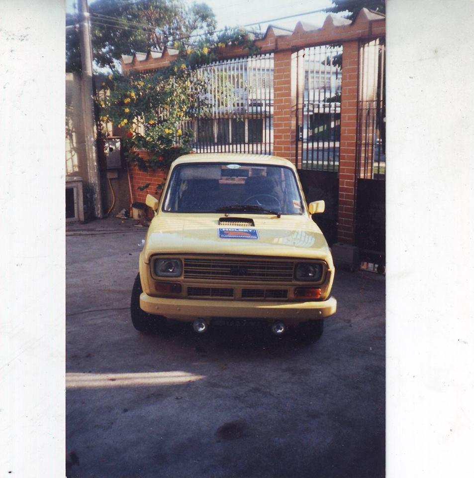 FIAT 147 - LJQ-9434 - AMARELO TOSCANA