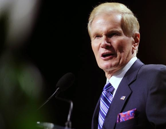 U.S. Senator Bill Nelson (D-FL) speaks to the 2013 National Association for the Advancement of Colored People (NAACP) convention in Orlando, Florida July 15, 2013. (Credit: Reuters/David Manning) Click to enlarge.