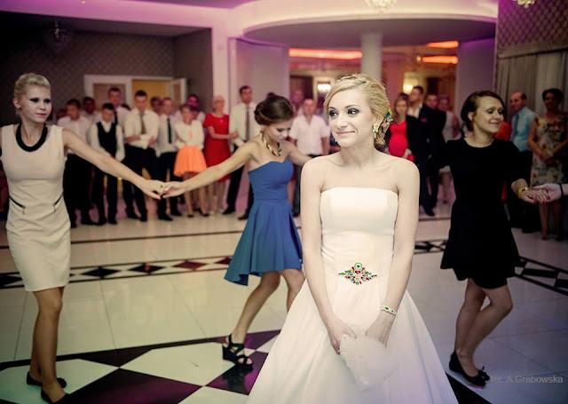 """Biżuteria sutasz na folkowy ślub, komplet """"Say YES""""."""