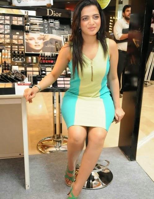 Vijay tv Anchor DD unseen cute and hot stills in short dress,VJ DD ...