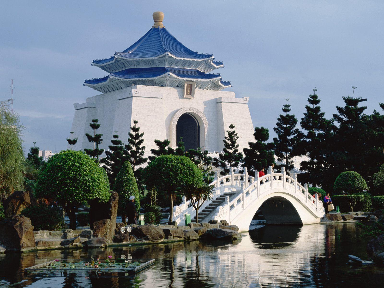 http://1.bp.blogspot.com/-6KFmFiMIuno/Tiric3Dkj_I/AAAAAAAAH7c/jSlr4DqCpa0/s1600/www.cbaw.co.cc+-+Asia+Best+Tourist+Place+To+Visit+HD+Wallpaper+%25284%2529.jpg