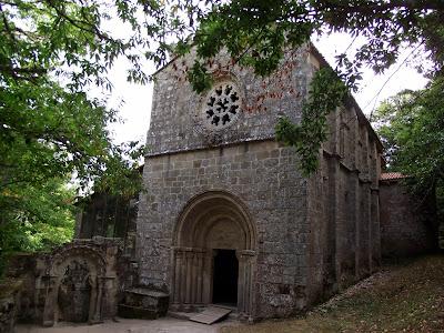Monasterio Santa Cristina de Sil. Qué visitar en Ribeira Sacrail