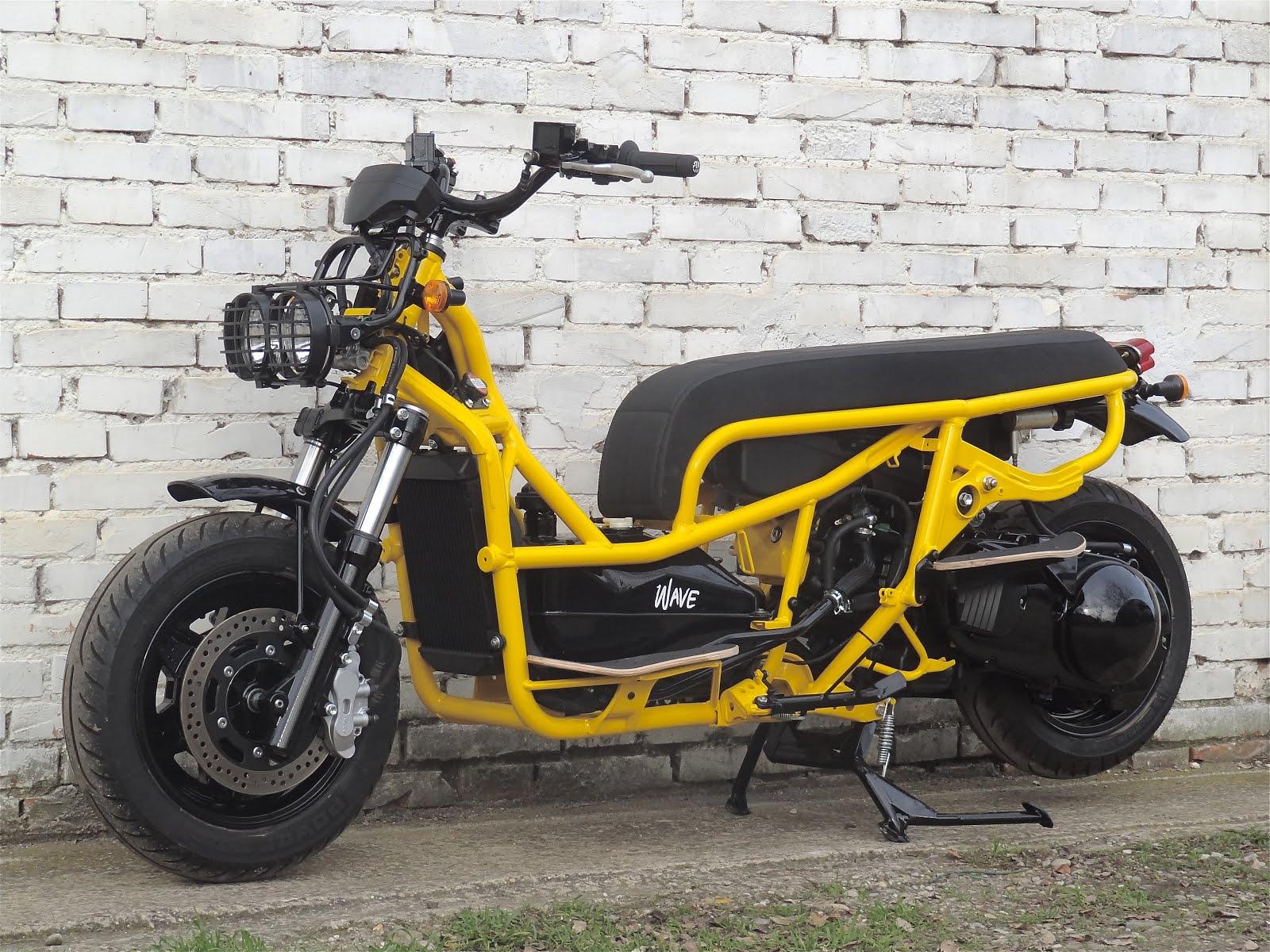 suzuki 400 wave yellow
