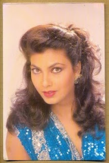 Kimi Katkar bollywood actress