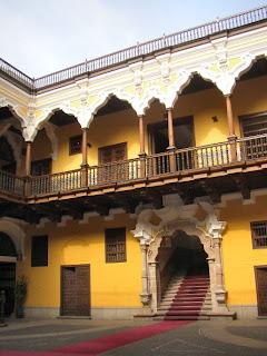 Histo lima el palacio de torre tagle - Persianas palacio ...