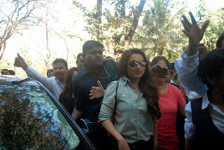 Actress Rani Mukherjee Pictures in Denim Jeans at Mumbai University Felicitation Program  24.JPG