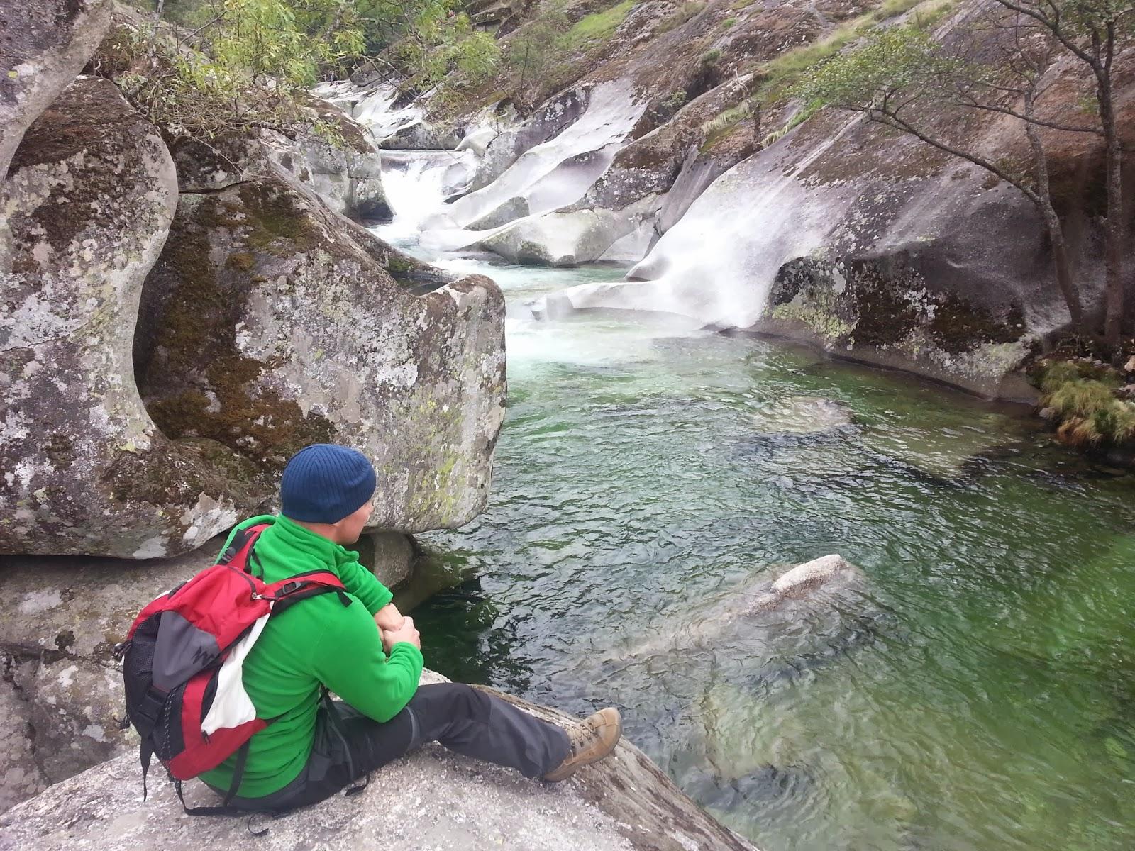 Punto geod sico ruta de los pilones por la garganta de for Piscinas naturales norte de extremadura