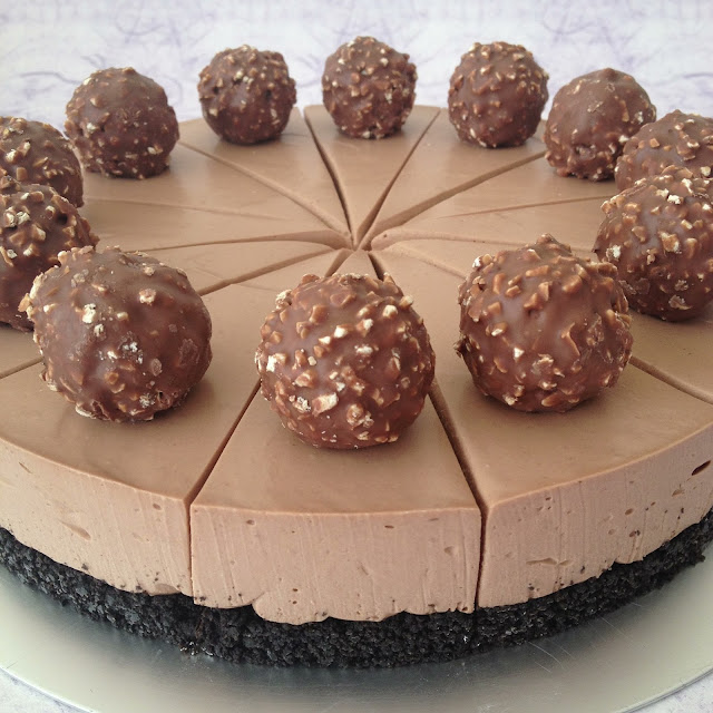 little cake house nutella cheesecake. Black Bedroom Furniture Sets. Home Design Ideas