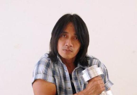 Lirik Lagu Astuti Agung Hercules - Download MP3 Gratis | Lirik Lagu
