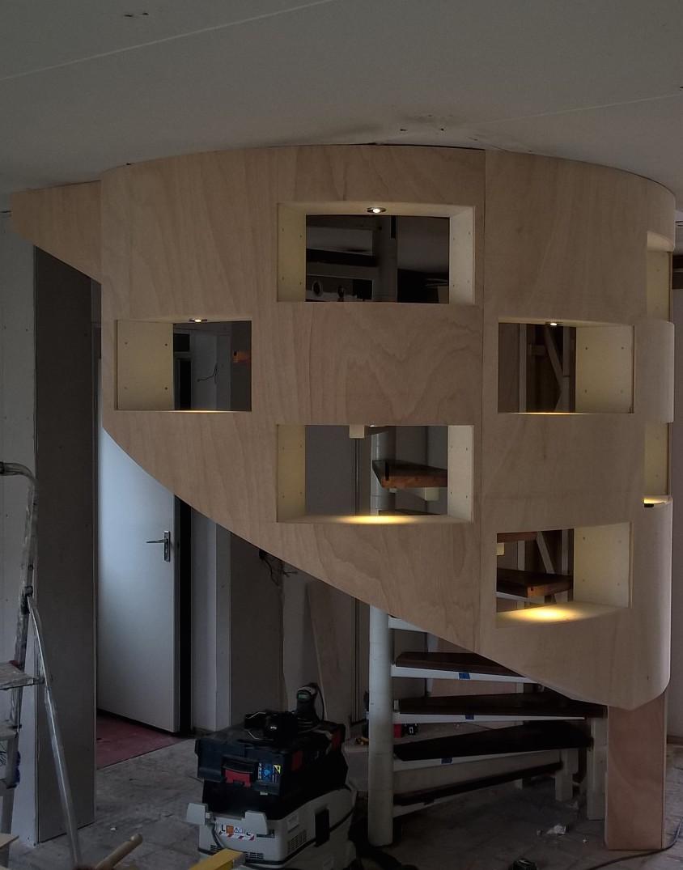 De oplossing voor een gevaarlijke trap in de woonkamer inge bouman interieur architect - Woonkamer met trap ...