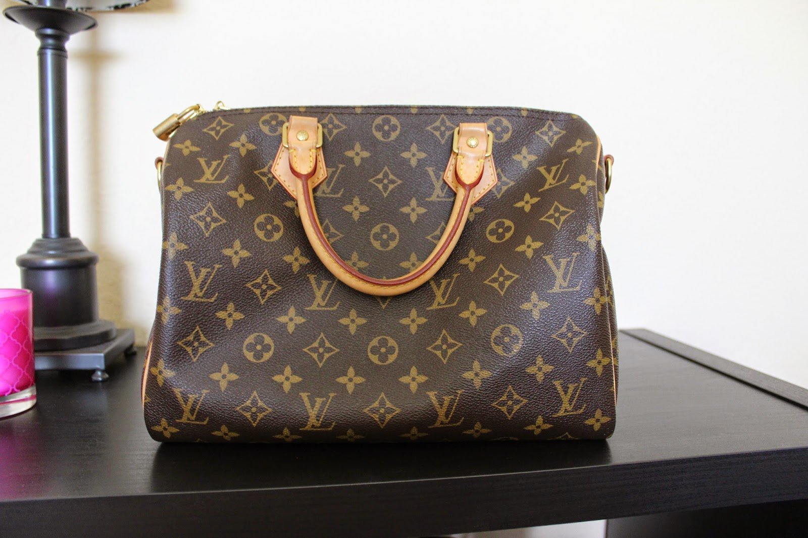 Front of Louis Vuitton Speedy Bandoulière 30