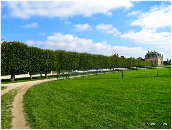 towards grandstable chantilly france