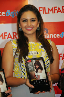 Bollywood Actress Huma Qureshi Latest Pictures in Long Dress at Filmfare 2015 Calendar Launch  7