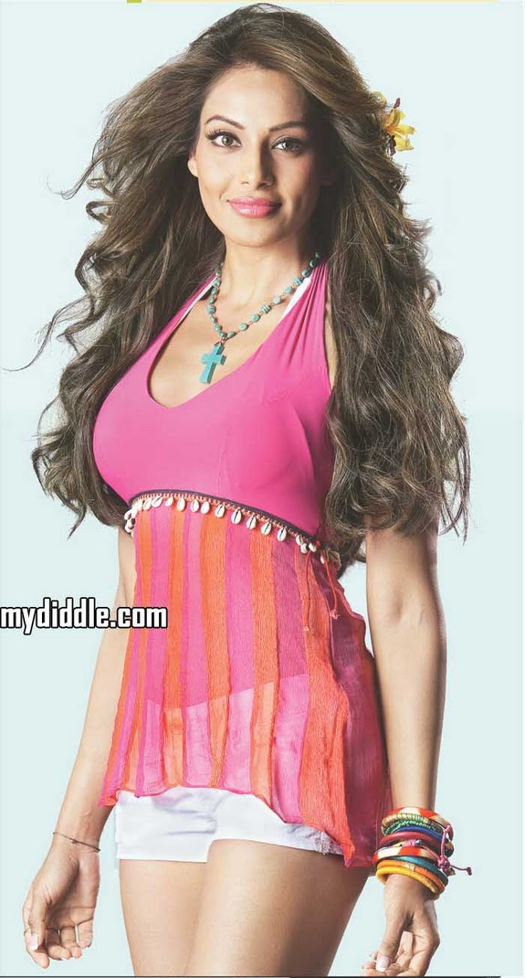 Hot Bipasha Basu 2011 Latest HD Photo