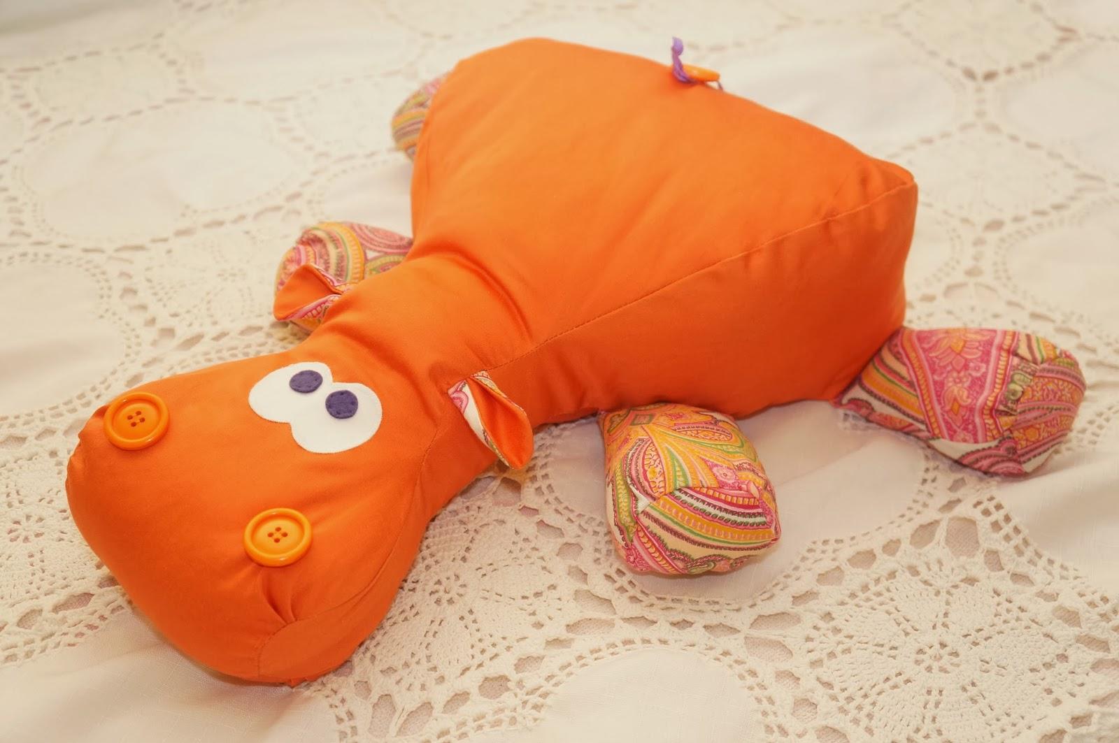 Смешная подушка своими руками фото